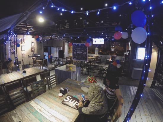 socialite-s-crib-cafe